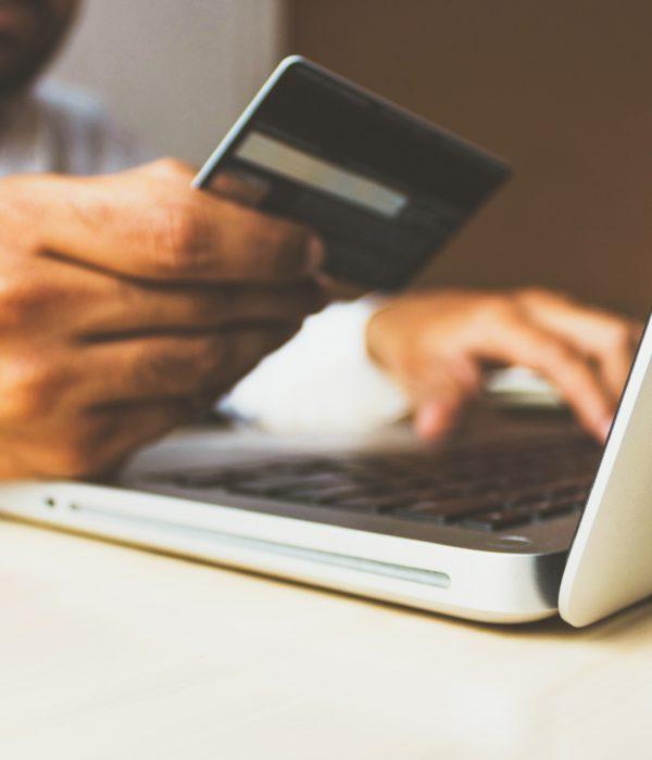 e-ticaret satışını temsil eden fotoğraf