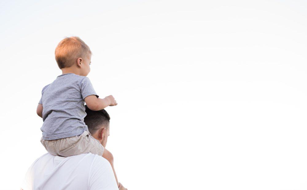 Babalar Gününde Satışlar ile ilgili Babalar Gününü temsil eden fotoğraf