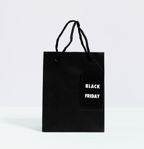Kara Cuma (Black Friday)'i temsil eden fotoğraf