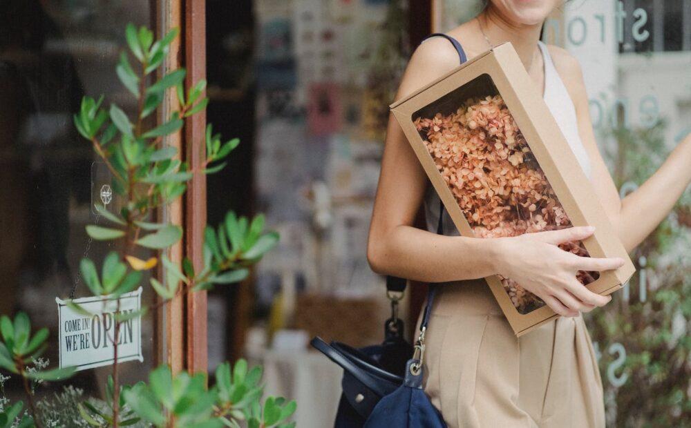 Esnaf Destek Paketi için bir küçük işletmeyi temsil eden fotoğraf
