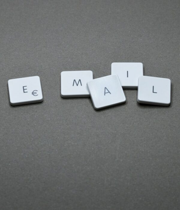 e-posta veritabanı için görsel